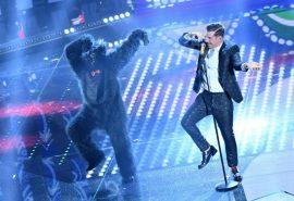 Eurovision 2017 – L'esibizione di Francesco Gabbani simile a quella di Sanremo